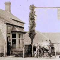 Woodrow Garage Early 1900s.jpg